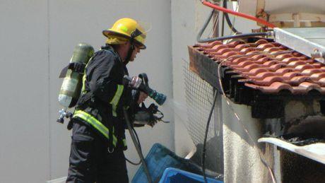 נזק כבד לדירה - בשריפה ליד מרכז 'איזידור'