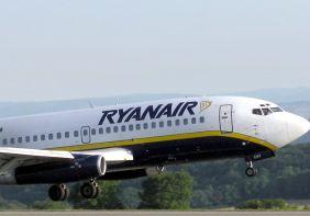 טיסות מוזלות: 'ריינאייר' מתרחקת