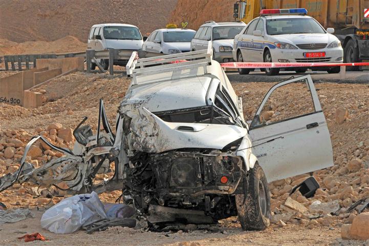 איזה שנתון נהגים מועד יותר לתאונות?