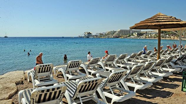 חוף ומסעדה באילת