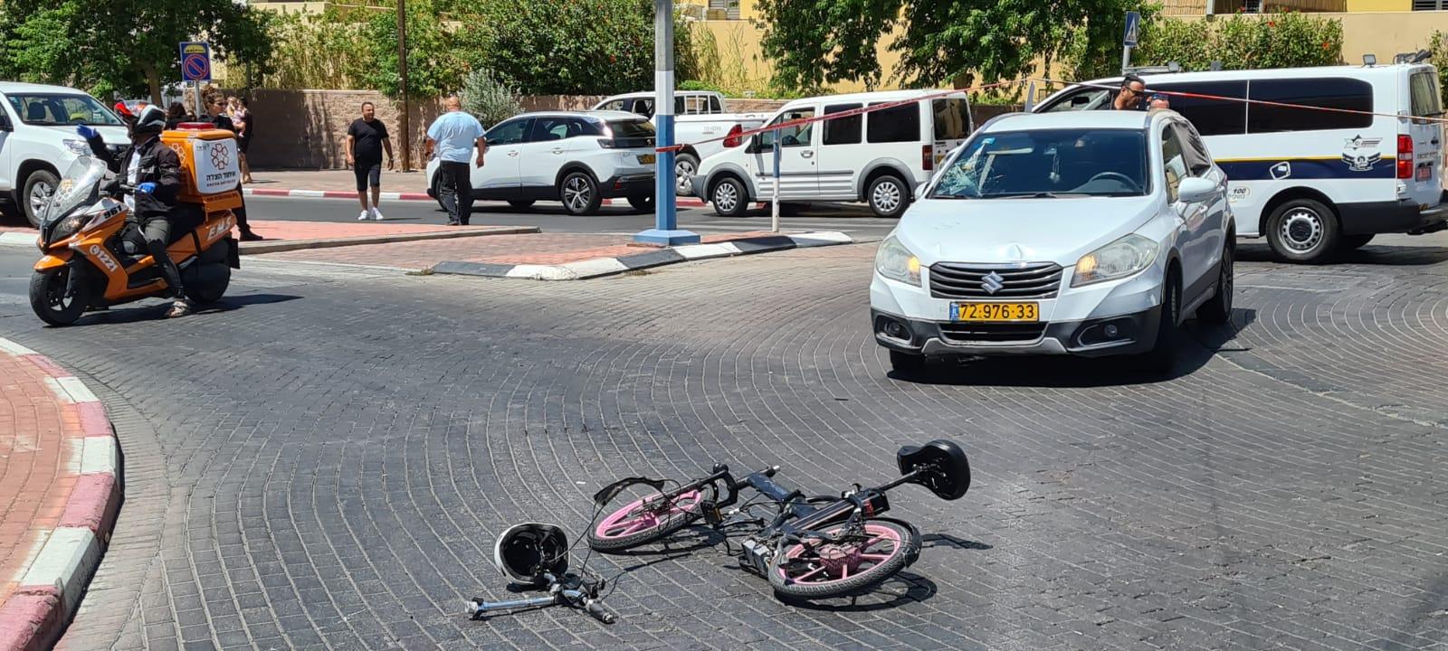 רוכב אופניים נפגע בתאונת דרכים באילת