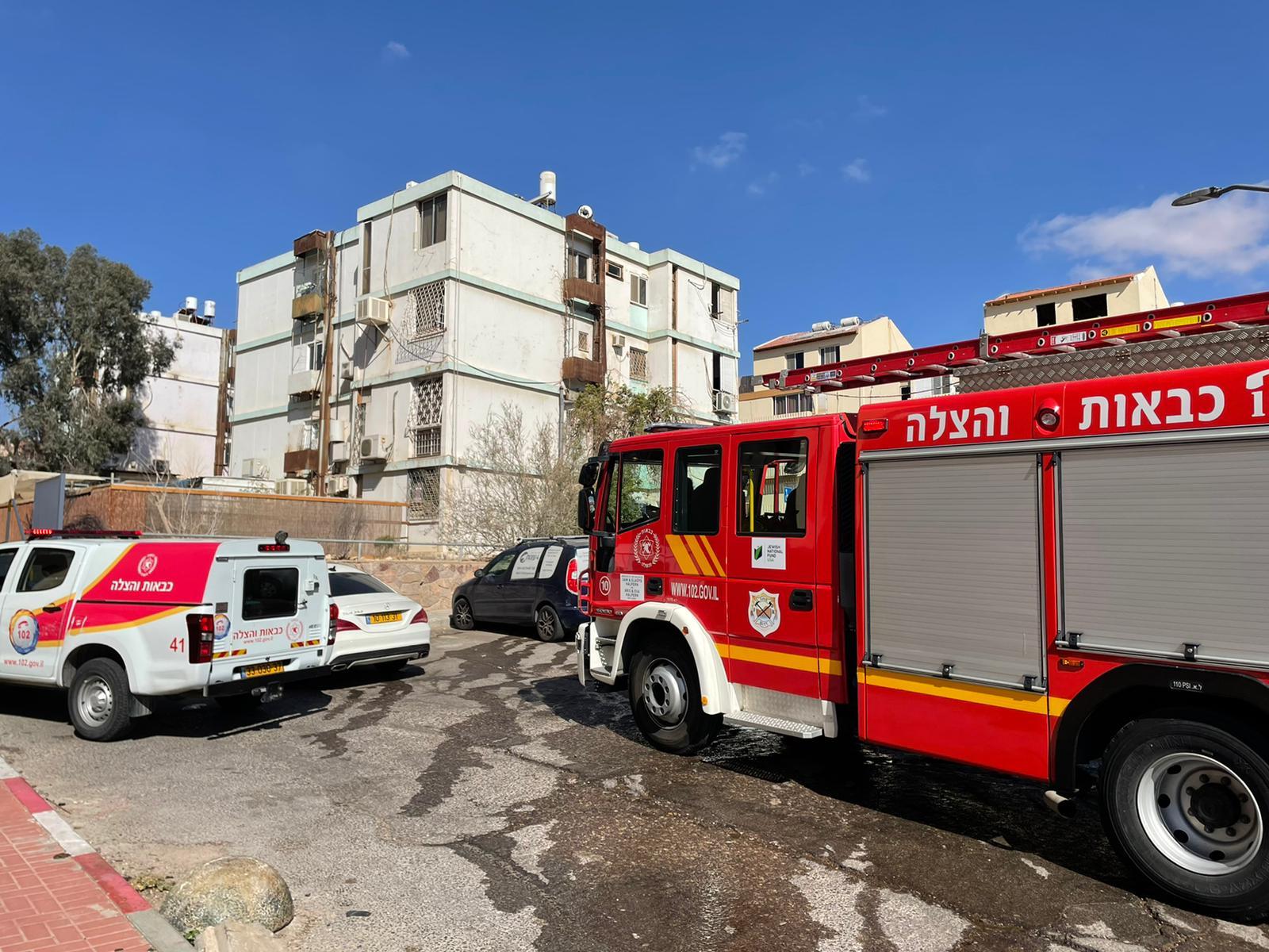 שריפה בבניין ברחוב האלמוגים באילת