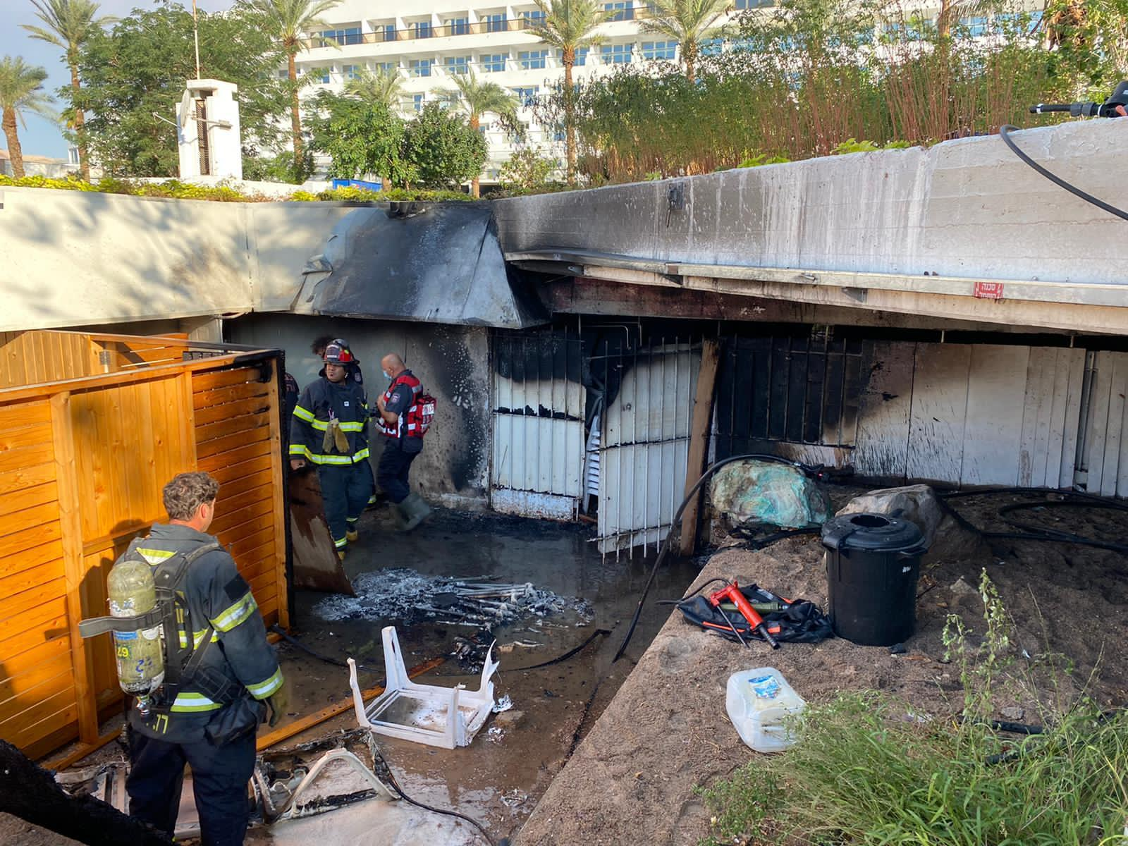 שריפה במחסן בטיילת העיר אילת