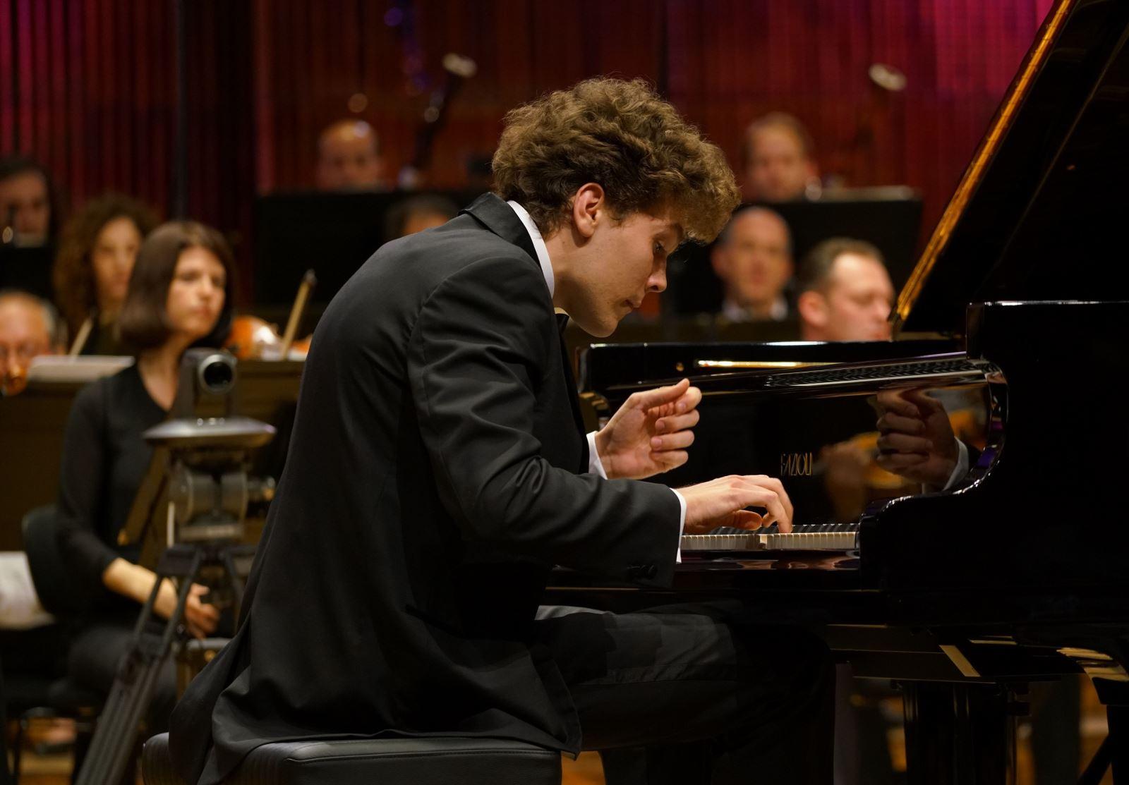 תתחילו להתרגש: התחרות הבינלאומית ה-16 לפסנתר ע''ש ארתור רובינשטיין חוזרת לאילת