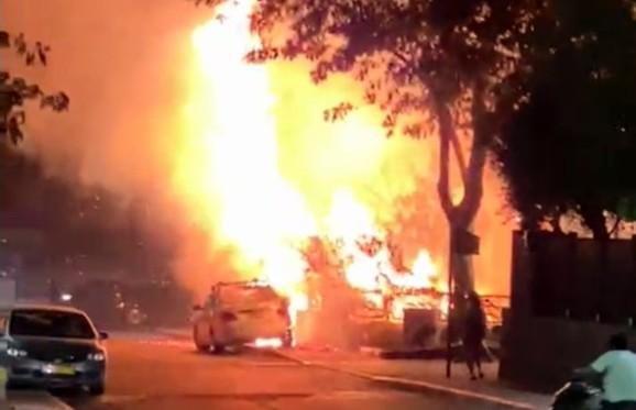 צפו: שריפה בשכונת מצפה ים