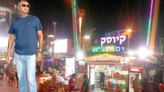 יהודה מורדי:''הגעתי לטיילת לפני הרוכלים; אני עסק – לא  בסטה''