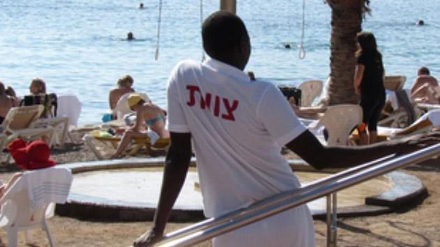 בעיית העובדים הזרים: העליון מכוון  לפשרה בין רשות המסים למלונאים