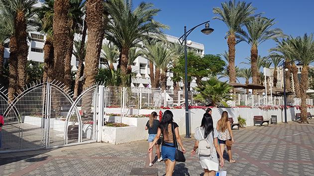 מלון לאונרדו פלאזה בדרך לצמוח לגובה