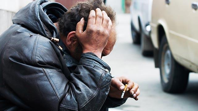 עשרה חודשי מאסר לדר רחוב שפרץ  למסעדה באילת משום שהיה רעב