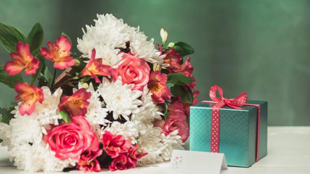 תחושה נפלאה עם קבלת משלוחי פרחים