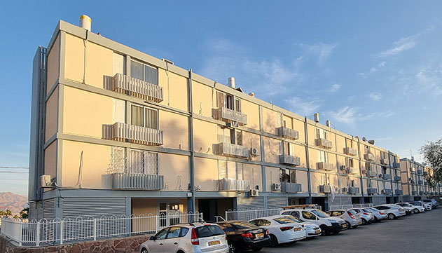שלושה בנינים בשכונת אופיר זכו למתיחת פנים