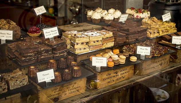 למה לטוס לחו''ל שאפשר לקנות את כל השוקולדים בארץ