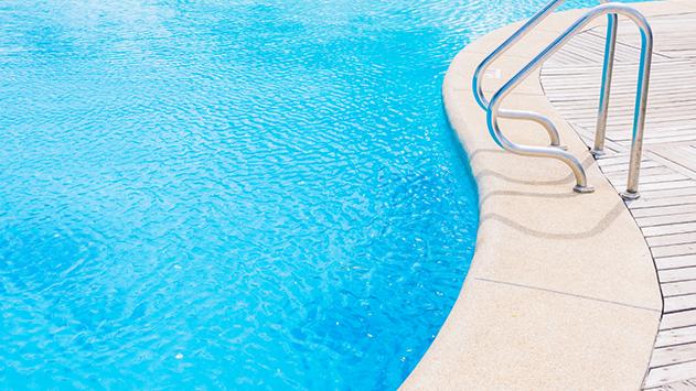 על מה חשוב להקפיד בשחייה בבריכה