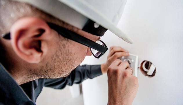 מתי כדאי לבצע בדיקת חשמל על ידי בודק חשמל?