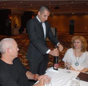 אלופים ביין