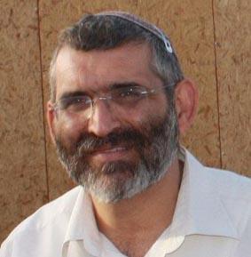 ח''כ בן ארי: מאיר יצחק הלוי צריך להילחם ביחידות הדיור