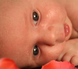 חשד: מטפלת התעללה בתינוק