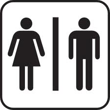 חשד: הותקף כי נכנס לשירותים עם החברה