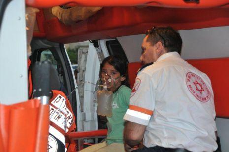 וידיאו ותמונות: 10 פצועים קל בשריפה בעין נטפים 105
