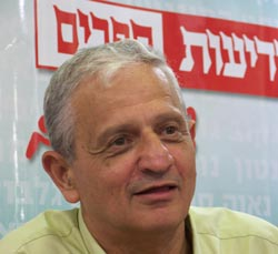 נחום ברנע התנצל בפני מאיר יצחק הלוי