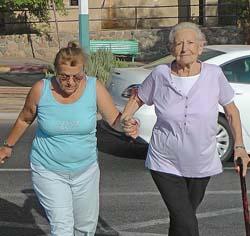 מעבר החציה לא הוקם - הקשישה נפגעה מרכב חולף