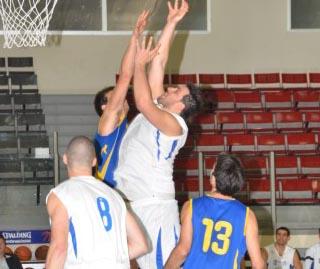 ועדת הערר באיגוד הכדורסל החליטה: קרביוב יחזור להפועל אילת