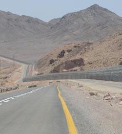 חשש: הקמת גדר הגבול תתעכב