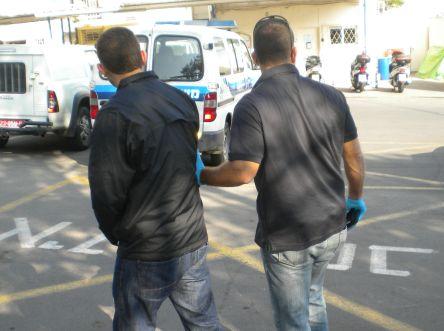 חשד: תושבי אילת שדדו מסתננים