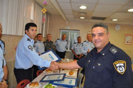 תעודות הערכה לשוטרי אילת