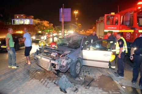 וידיאו ותמונות: תאונה בגשר התחתון בשחמון