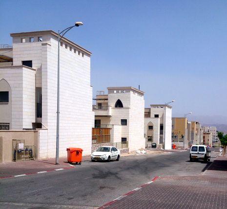 דיירים בסאן ויליג' זומנו למתן עדות במשטרה