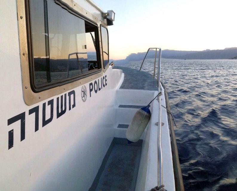 נמלט מהשוטרים ללב ים