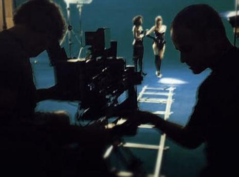 אולפן ירוק להפקות וידאו באיכות הגבוהה ביותר