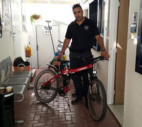 נפצעה בינוני מאופניים חשמליים