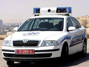 ניסה לפרוץ לרכב של שוטר