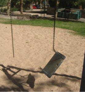 העירייה לא תיקנה את מרבית הליקויים בגני המשחקים לילדים