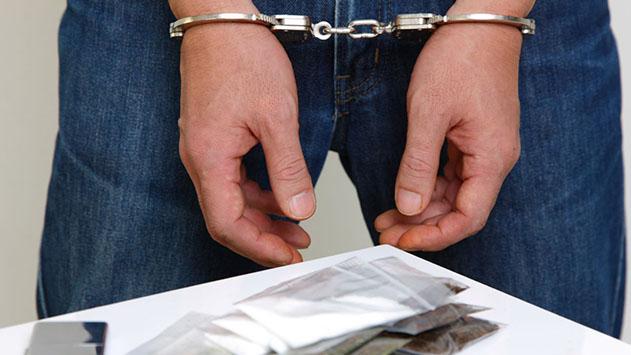 נעצרו אב ובנו בחשד לסחר בסמים באילת