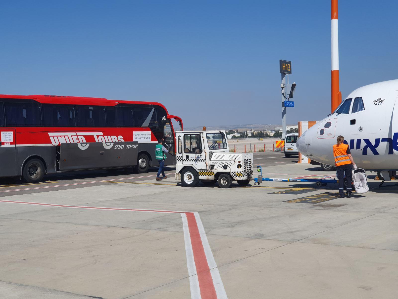 ראש העירייה דורש להשיב את האוטובוס האדום כשירות נדרש לתושבי אילת