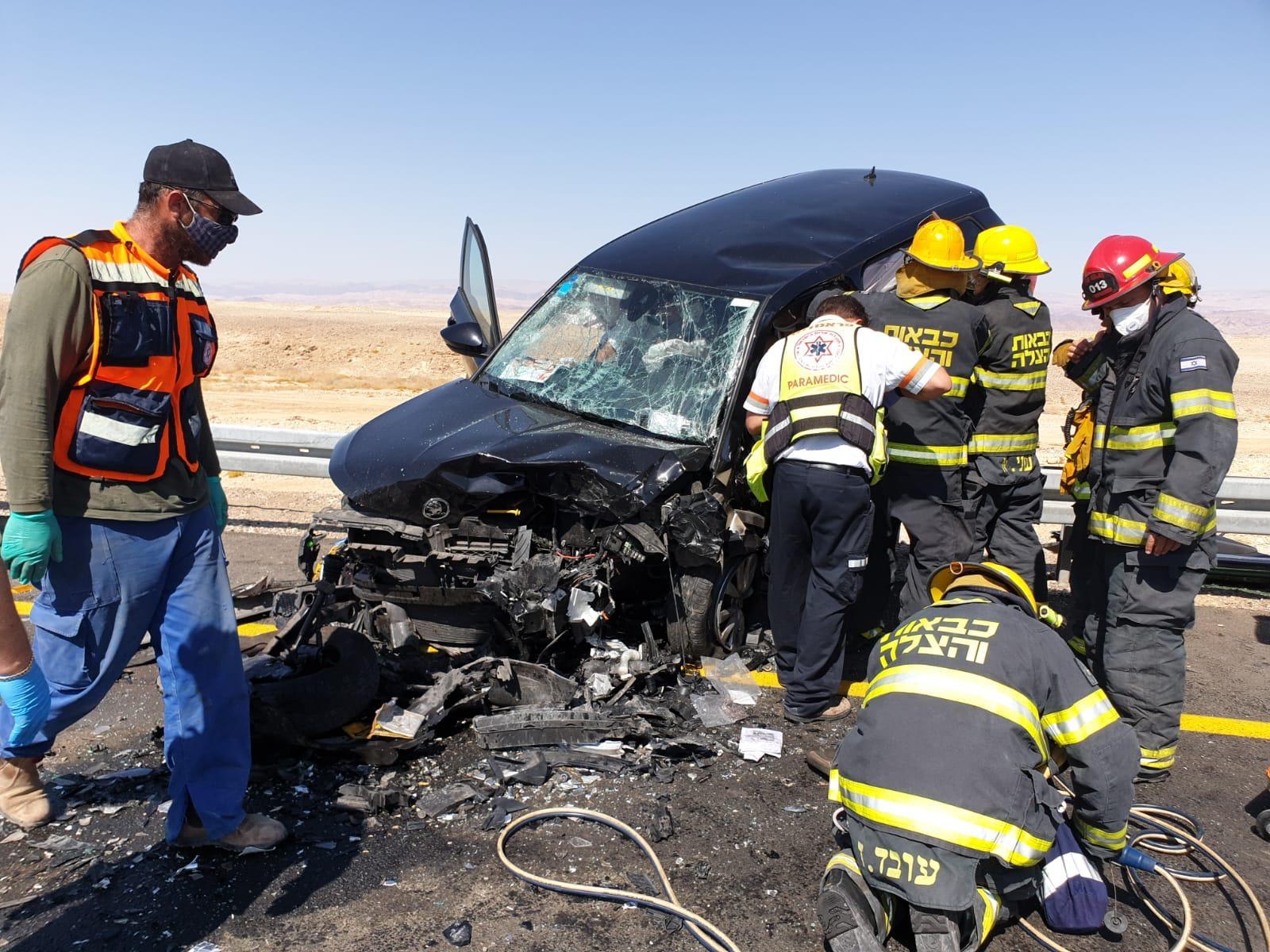 תמונות מהתאונה המחרידה בכביש 90 ליד צומת מנוחה