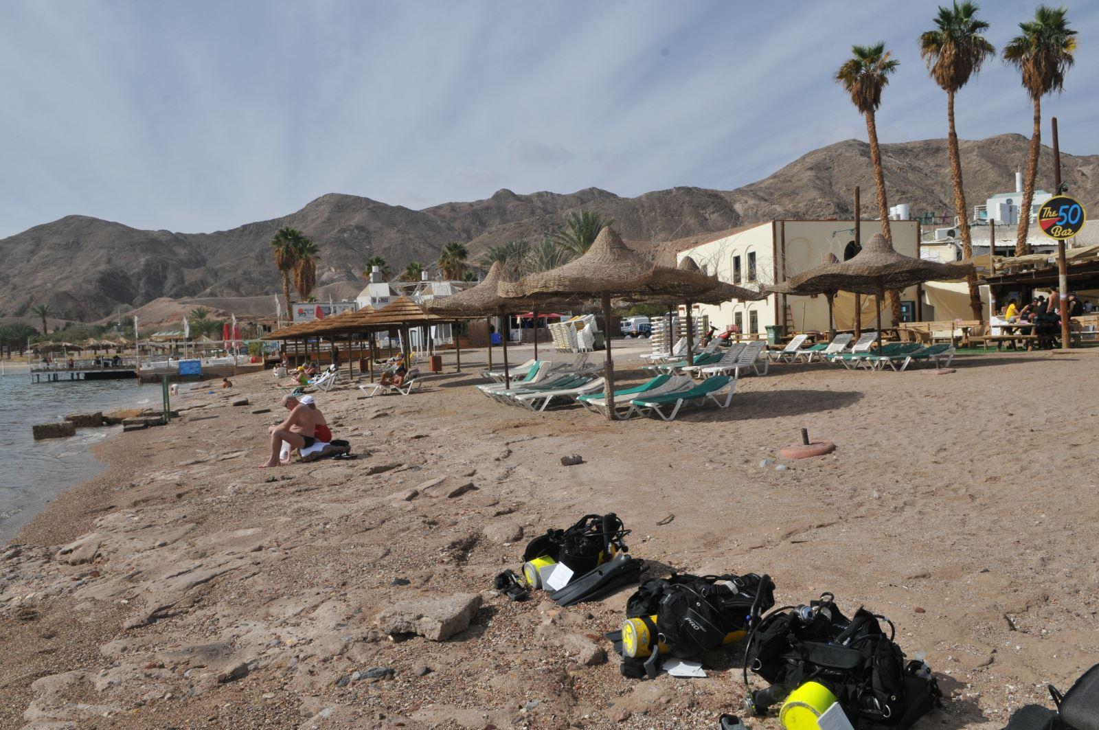 דיווח ראשוני: ירדני חצה בשחיה לאילת - חוף אלמוג נסגר