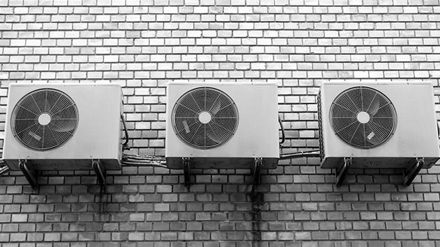 איזה מזגן הכי מתאים למזג אוויר באילת?