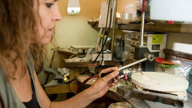 מעצבת תכשיטים – מה צריך בשביל להיות מעצבת ברמה גבוהה