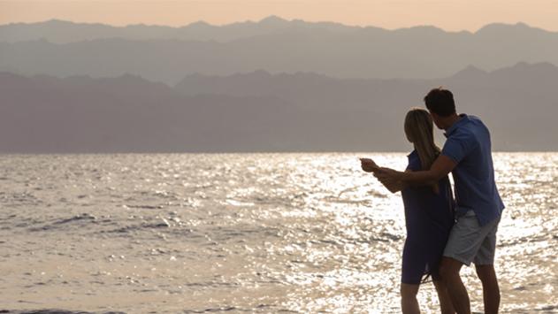 רומנטיקה בכיוון דרום – 5 עצות לחופשה הזוגית המושלמת באילת