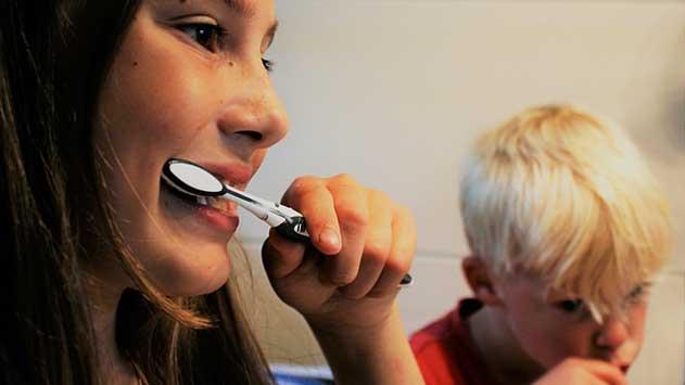 צחצוח שיניים - איך לצחצח שיניים בצורה יעילה?