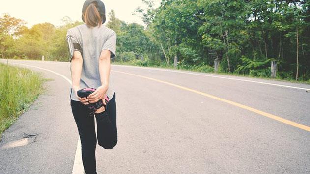 איך בוחרים נעלי ספורט לנשים? כל מה שחשוב לדעת