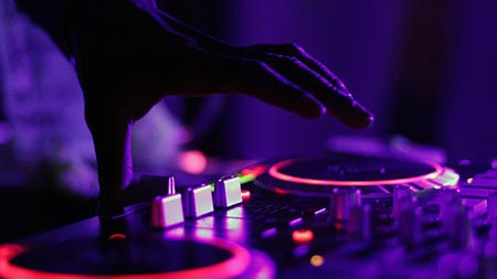 DJ לחתונה משגעת!