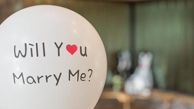 הצעת נישואים באילת: גברים כך תעשו את זה נכון