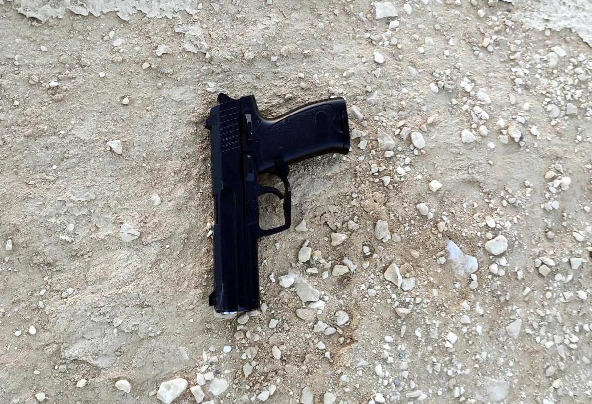 נעצרו עם נשק בדרך לאילת