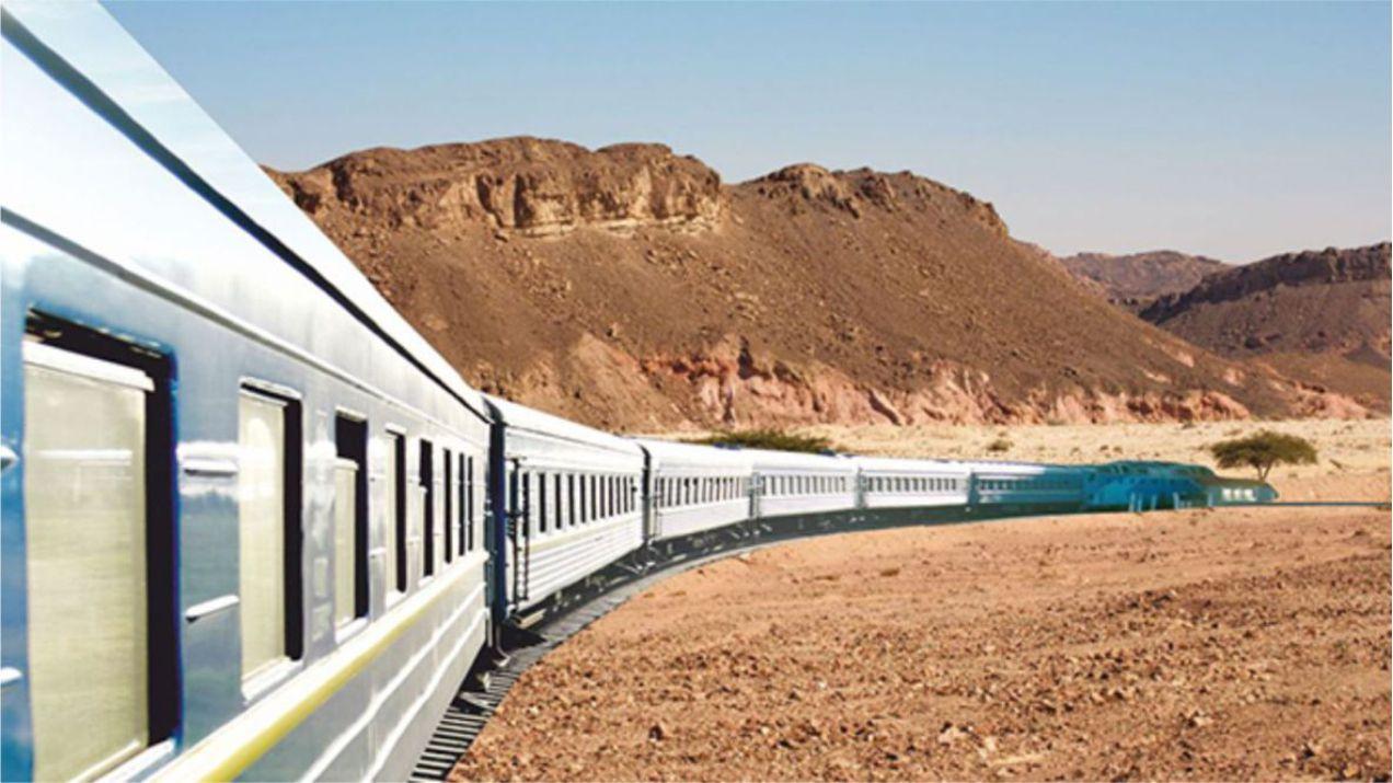 בנט: ''רכבת לאילת בעוד ארבע שנים'' לפיד: ''רכבת לאילת משמעה הכרזת מלחמה על מצרים''