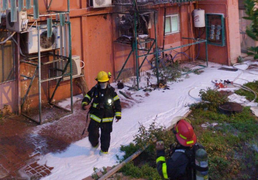 שריפה בשכונה א' באילת